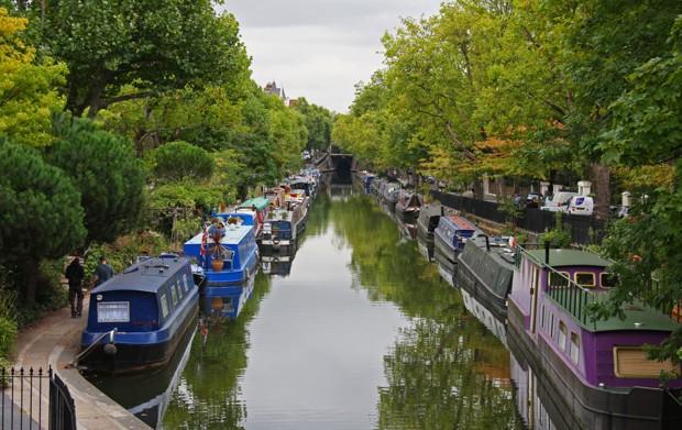Houseboat London